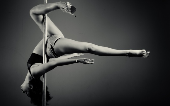 Pole Dance Battle